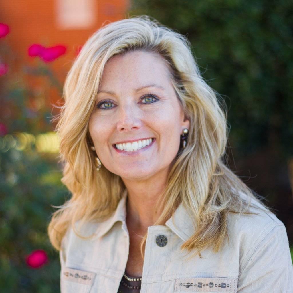 Carol Dixon